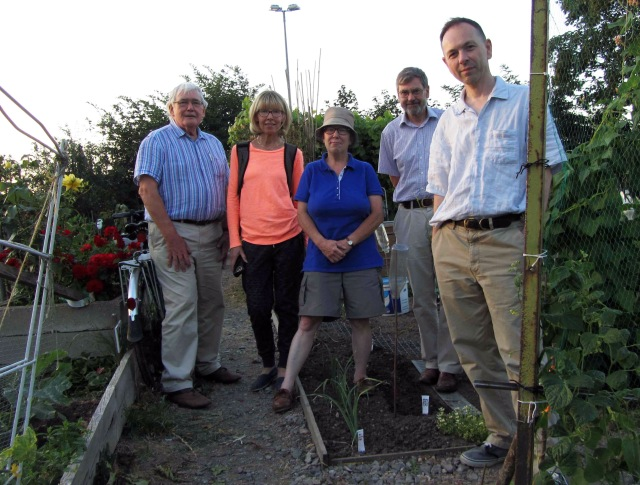 picture of WFOE group on the allotment